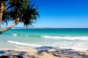 noosa beach queensland