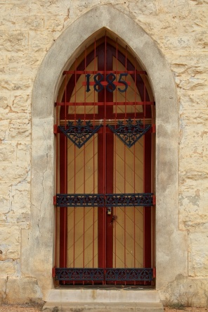 Silverton church doors